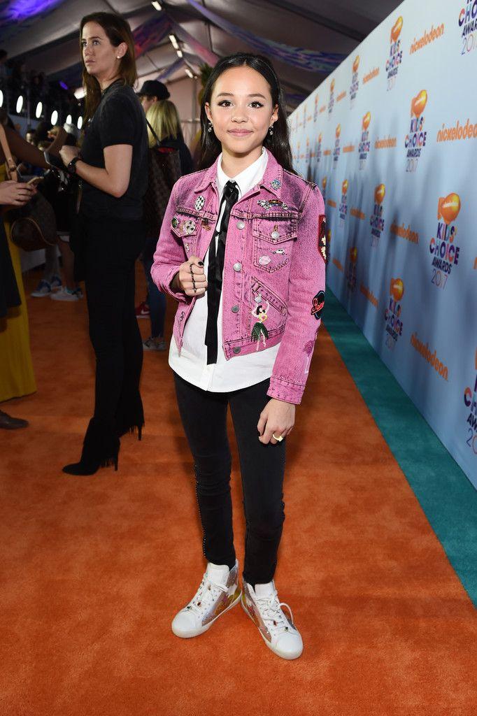 Breanna Yde Photos Photos - Nickelodeon's 2017 Kids' Choice Awards - Red Carpet - Zimbio