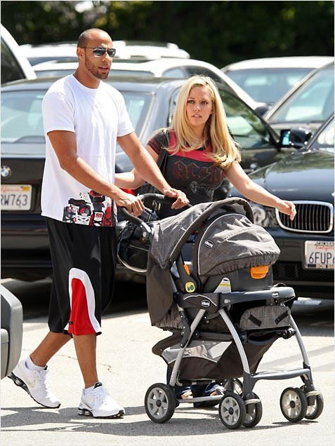 The Info on Infant Stroller Travel Systems | What to Expect