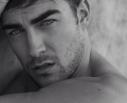 Tom Austen Actor--he is so delicious! 🤤