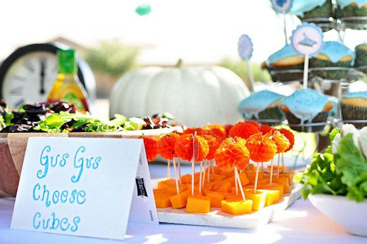 Party Food: Gus Gus Cheese Cubes