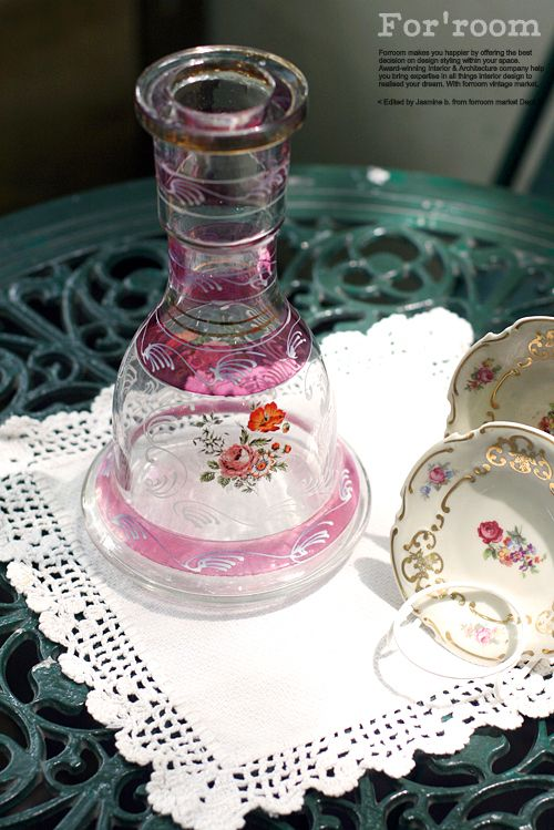 Flowering glass by Forroom market. At shop.forroom.com If you would like to purchase this goods, click the website of forroom market at above