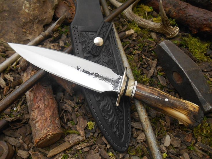 Black Fossil Walrus Ivory Double Edge Fighter by Behring Made. Hand forged from 01 tool steel, this double edge fighter blade me… | Knives of Interest | Pinte…