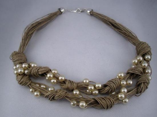 collar lino natural nudos y perlas fantasia  lino natural,perlas fantasia,metal plateado engarzado,anudado