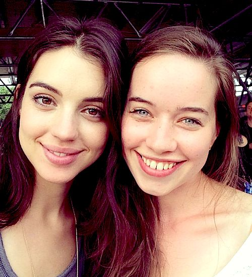 adelaide kane AND anna popplewell! LOVE both of these amazing actresses!