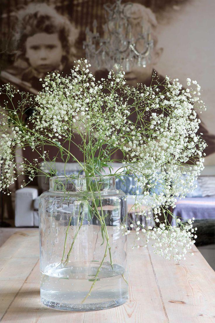 #bloemenvaas #fotobehang #houtentafel