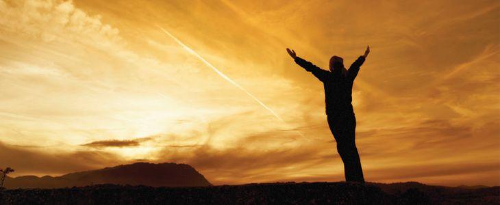 """Térj át az egészséges életre! Az egészséges életmód ma már elengedhetetlen a minőségi élet megéléséhez. Azt viszont kevesen tudják, hogy egészen pontosan mit is jelent az """"egészséges életmód""""! Az egészség az ember egyik felbecsülhetetlen kincse, mely igazságra csak akkor jövünk rá... http://www.fittsport.com/fitness_hirek/terj_at_az_egeszseges_eletre.html"""