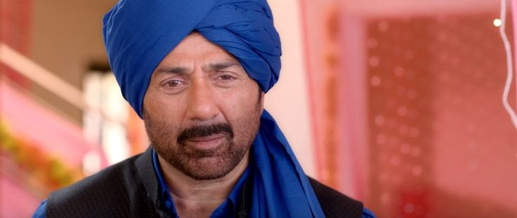 Poster Boys movie review: Silly humour and Sunny Deol's nude protest. Laugh if you...Poster BoysCast: Sunny Deol, Bobby Deol, Shreyas TalpadeDirector: Shreyas TalpadeRating: 2.5/5 Prem Chopra has a candid catchphrase in Dulhe Raja: Nanga nahayega kya, nichodega kya. This literally translates to 'a poor guy doesn't have the luxury of bathing and rinsing his clothes.' Metaphorically, it means a person without clothes has nothing to hide. When Chaudhary Jagawar (Sunny Deol) finds himself…