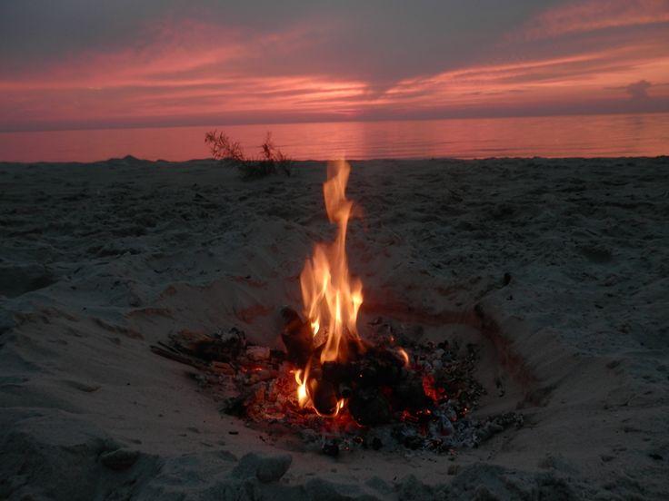 Driftwood campfire on Beaconia Beach