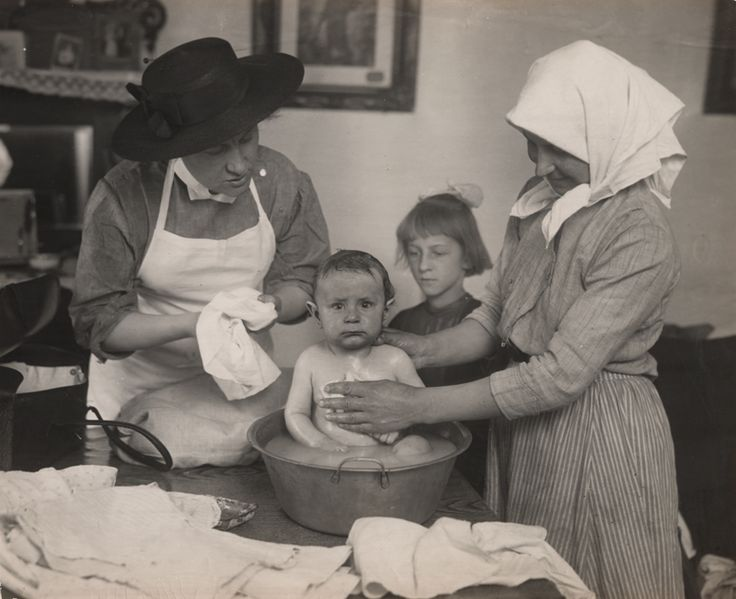 In honor of National Nurses Week 2015: an Infant Welfare Society nurse (left) shows a mother how to bathe a child, c. 1910 Purchase a copy E-mail rightsrepro@chicagohistory.org and give them this...