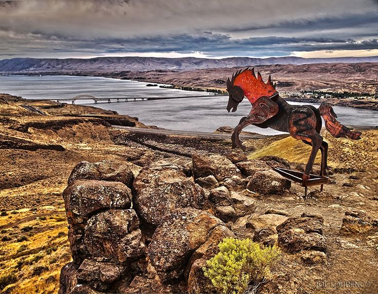 quincy wa | wild horses monument on the columbia river in quincy washington