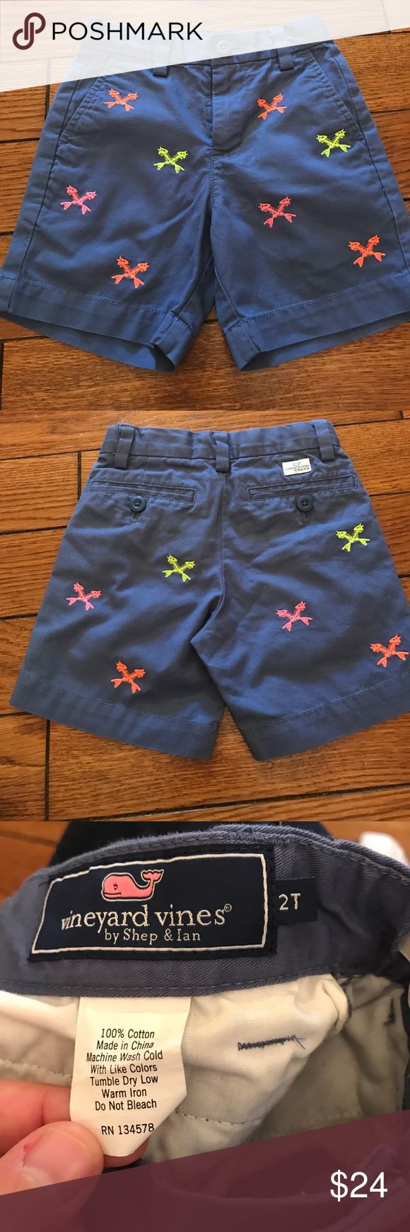 Vineyard Vines boys shorts Vineyard Vines boys shorts.  Good condition, hardly worn.  Bundle to save! Vineyard Vines Bottoms Shorts