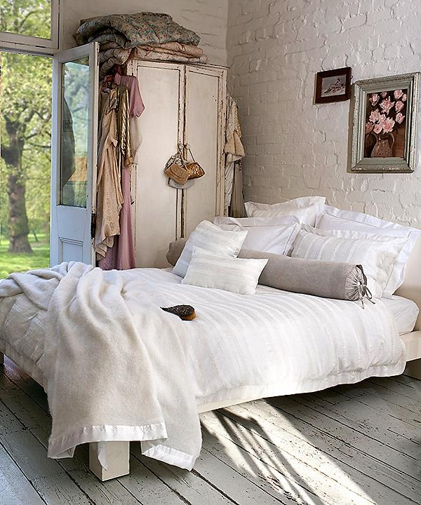 Girly Vintage Bedroom Designs: 1000+ Images About