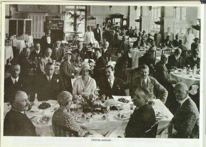 Pera Palas Oteli Restorani, 1930