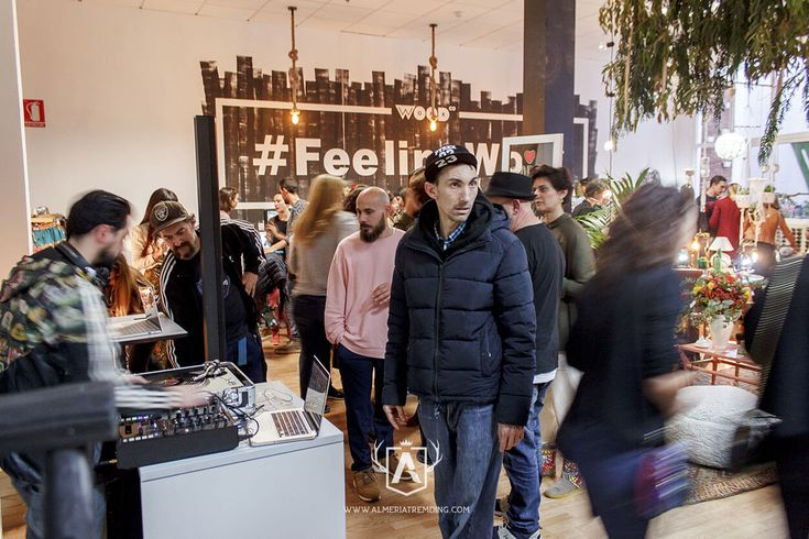 Vuelve WOW MARKET - No se trata de un mercadillo ni una feria de productos..., WoW Market es un nuevo concepto para disfrutar en un entorno agradable y desenfadado, con música y tapitas, de las maravillas fruto del trabajo y proceso creativo de...
