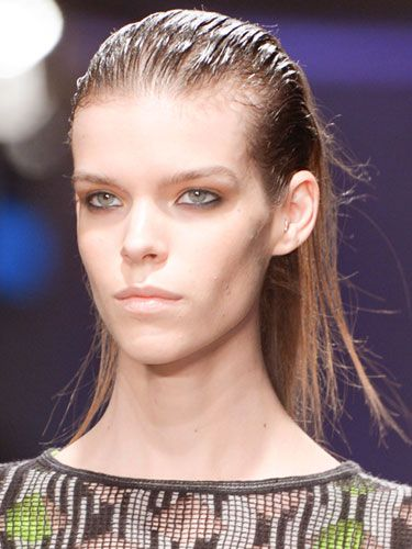 The Best Beauty Trends From Fall 2013 - Wet Hair Look