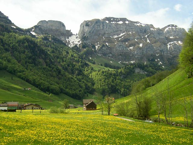A delightful Family hiking adventure in the Appenzell region of Switzerland. #appenzell #hiking #familyouting #familyexcursion #motheringmatters #switzerland
