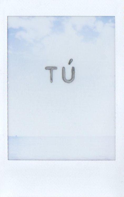 Blanco. Te quiero blanco. Y blanco.    Transparente.    Y blanco,    otra vez.    O siempre.    Y de esa plata que no tiene nombre.    Teresa Juan
