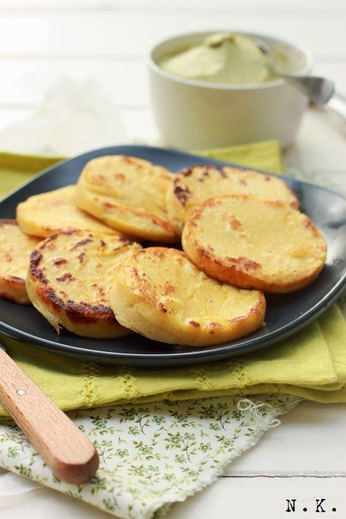 La Cuisine du Corti: Panisses et houmous de fèves fraîches