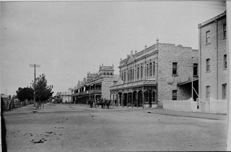 024217PD: Austral Terrace, Katanning, ca 1910  http://encore.slwa.wa.gov.au/iii/encore/record/C__Rb2960257?lang=eng