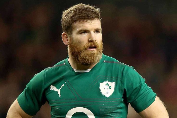 Irish rugby player Gordon D'Arcy - I don't mind the red beard, actually. 《《