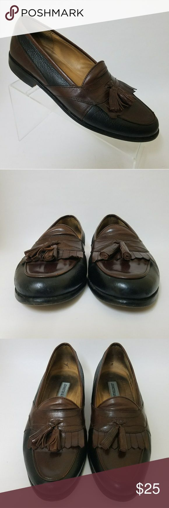 Johnston & Murphy Kilt Tassel Loafers Men's 9.5 M Good Used Condition  Size: 9.5 Medium Color: Black and Brown Style: Kilt and Tassel Loafer Slip On  Shoes have been cleaned and conditioned. Johnston & Murphy Shoes Loafers & Slip-Ons