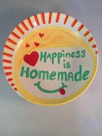 Unieke handgeschilderde schaal met de tekst 'Happiness is homemade': : http://www.b-freshwebshop.com/a-40041915/kookcadeaus/unieke-handgeschilderde-schaal-met-de-tekst-happiness-is-homemade