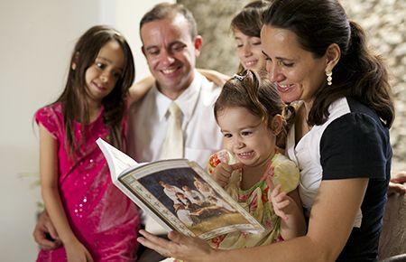 A Proclamação da Família: Ir Além da Confusão Cultural - Liahona Agosto de 2015 - liahona