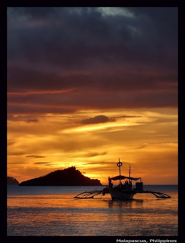 Malapascua sunset by Jan Pleiter, via Flickr