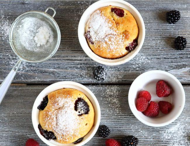 Připravit si skvělý dortíček za pár minut, vmikrovlnce a podle jednoduchého receptu? Vyzkoušejte snámi tyto super snadné dorty, které smícháte vhrnku a jednoduše upečete vmikrovlnce! Hrnkové do...