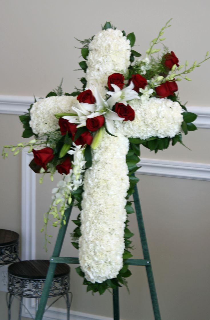 Unique Floral Centerpieces   Sympathy Flowers   Funeral Flower Arrangements   Unique Floral Designs