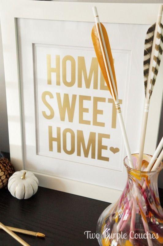 Modern + Gold Fall Decor Ideas / Fall Decorating Ideas / Modern Home Decor