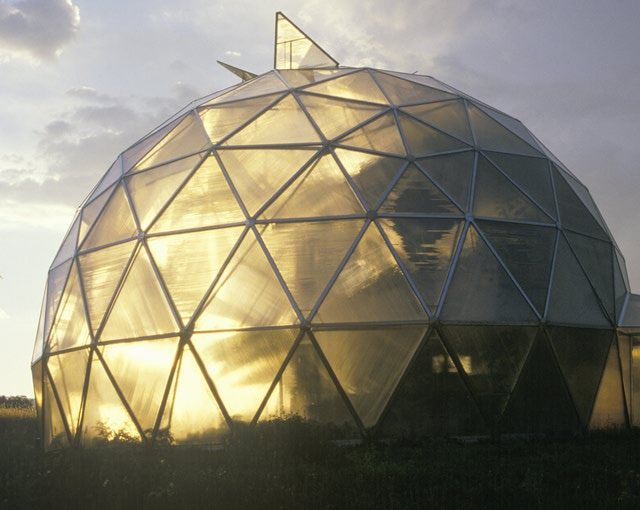 House Style Guide To The American Home Geodesic Dome