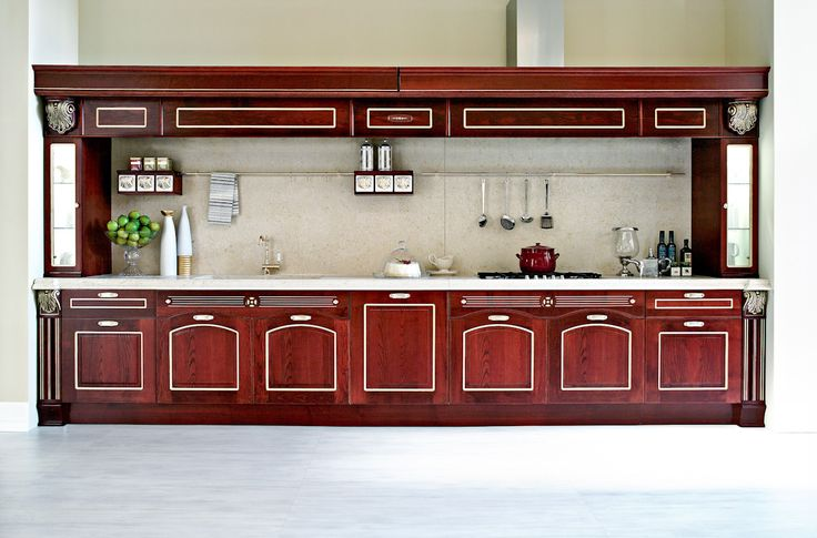 #Traditional #italian #kitchen from Aran Cucine's Imperial collection. #MadeinItaly #italiandesign