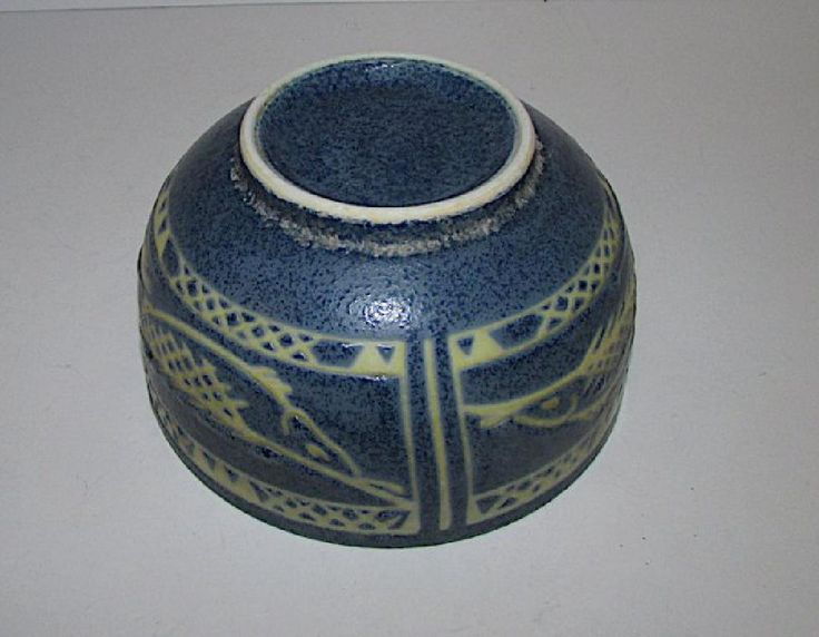 Lot: Mexican Folk Pottery Fish Bowl, Lot Number: 0290, Starting Bid: $20, Auctioneer: THE SOUTHWESTERN STYLE GALLERY AND AUCTIONS, Auction: SOUTHWESTERN ART NO PREMIUM IN HOUSE SHIP, Date: April 9th, 2017 MDT