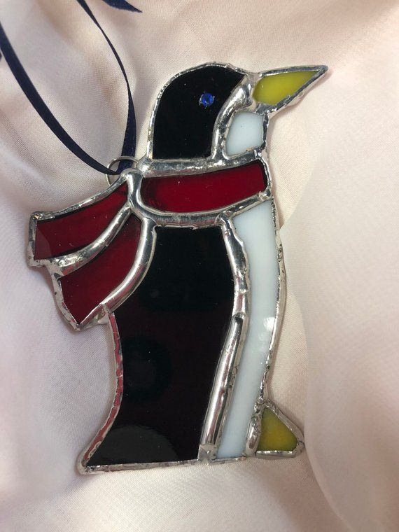 This Little Penguin Will Be Right At Home On A Christmas Tree Place Him In Front Of Some Twinkling Ligh Stained Glass Stained Glass Projects Christmas Penguin