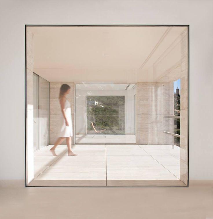 PanoramAH! Project: Casa dell'Infinito Architect: Alberto Campo Baeza Photos: Javier Callejas Location: Cádiz, Spain http://www.marocchidesign.it/marocchihabitat/infissi_serramenti_civile