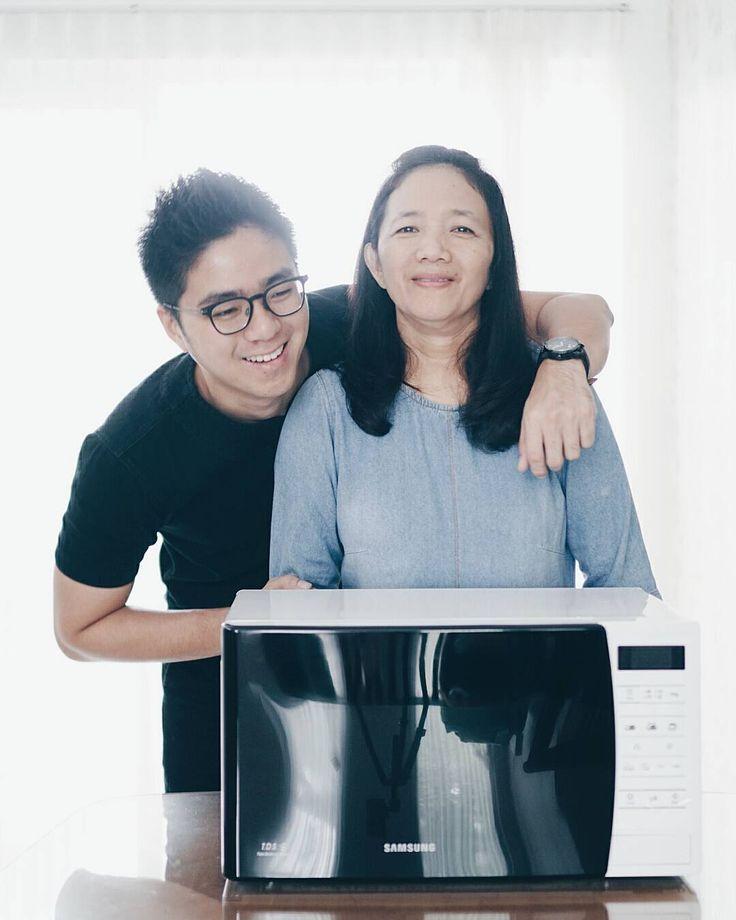"9,994 Likes, 92 Comments - Kevin Hendrawan (@ykhendrawan) on Instagram: ""Di bulan penuh kasih sayang ini, aku pengen kasi sesuatu buat Mama, aku inget Mama lagi pengen beli…"""