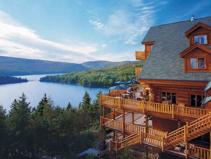 Hotel Sacacomie, Sacacomie, Quebec......counting down until we fly to Canada!
