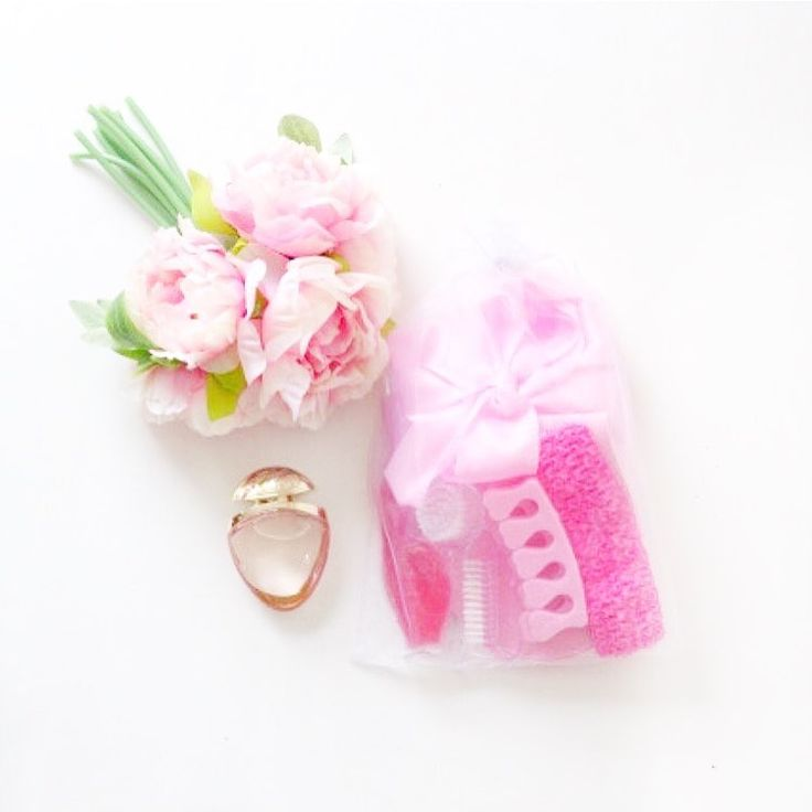 Perfume and pamper packs. Feel luxe and beautiful again with some pamper time