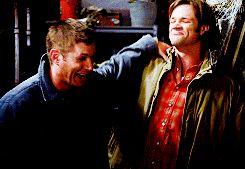 """The Belibers threaten to boycott Supernatural"" CLICK ITTTTTT.  LOL WHOOOO CAAARES!"