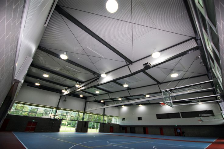 College sports hall interior using a Ritek Roof System.