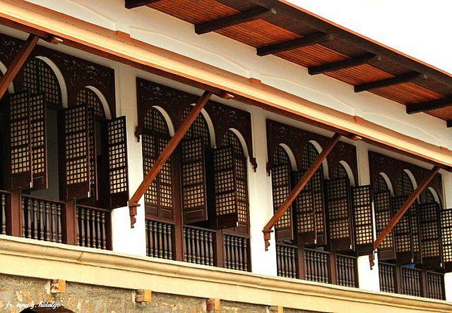 Capiz window philippine home interiors atbp pinterest for Capiz window
