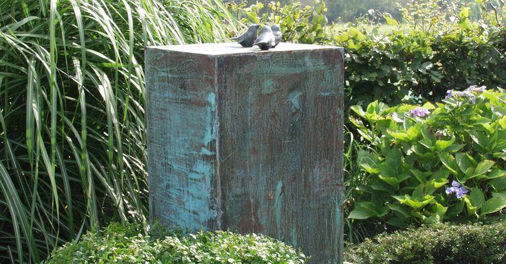 Bronzen beeld of hoe een waterornament geintegreerd kan for Beeld tuin modern