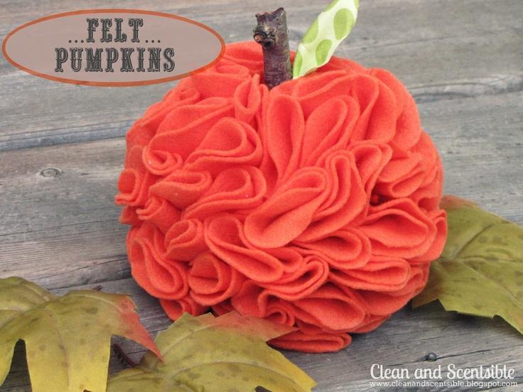 Clean & Scentsible: Felt PumpkinsPumpkin Crafts, Crafts Ideas, Fall Decor, Fall Crafts, Fall Halloween, Scrapbook Paper, Ruffles Felt, Felt Pumpkin, Fallhalloween