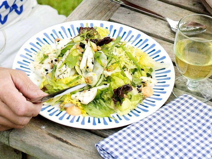 Salade met gegrilde inktvis