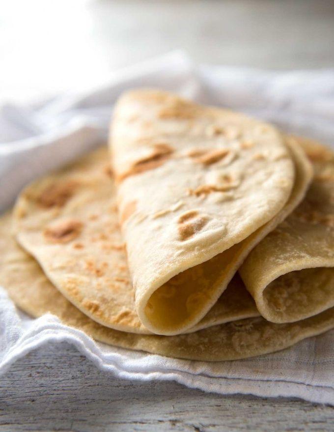 Easy Soft Flatbread Recipe (No Yeast) – RecipeTin Eats