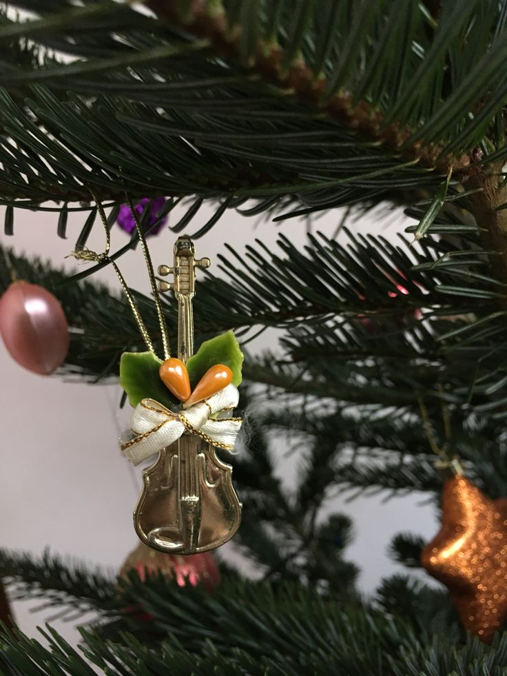 #christmas #violin #decoration #christmastree