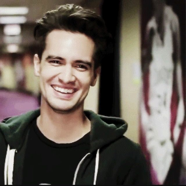 brendon urie fanfic smile - photo #6