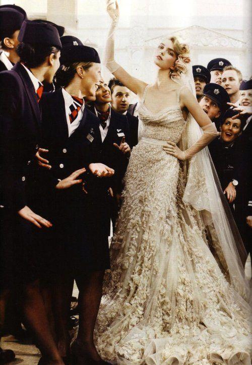 Ellie Saab couture wedding gown! Excellent portrait .... What a lucky bride