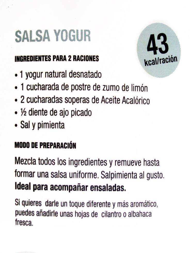 Salsa de yogur para ensaladas, apta para la dieta Dukan. Yo cambio el aceite acalorico por queso de untar 0%  ----------------------------   Maria Martinez mmb2412 Recetas para Dukan y mas, en vídeo, en mi canal de Youtube http://www.youtube.com/user/mmb2412